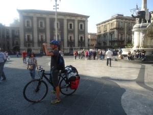 Piazza Duomo after leaving Pescheria